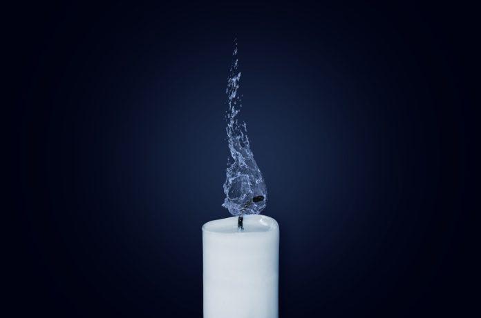 candle 1627452887